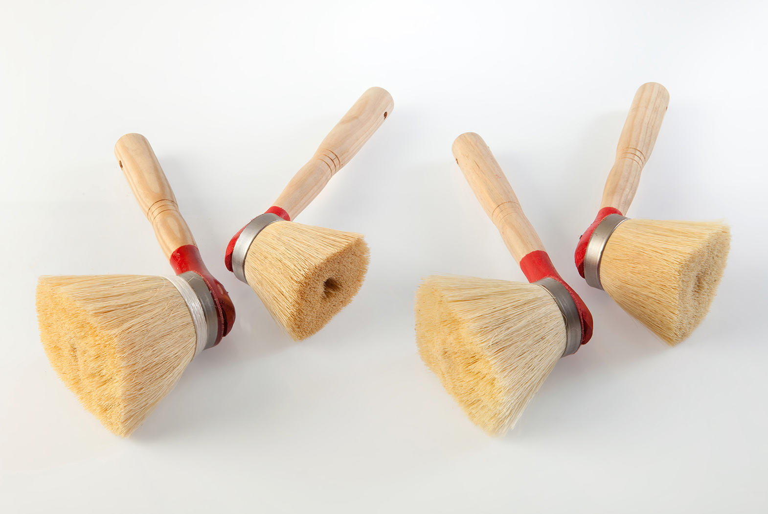 Round brushes whitewash