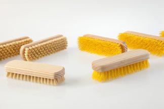 escova ladrilhos